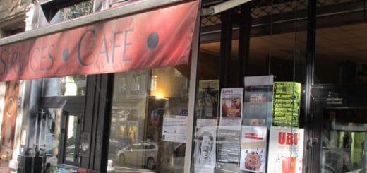 1-cafe-autre-cote-pont-facade0_carre.jpg