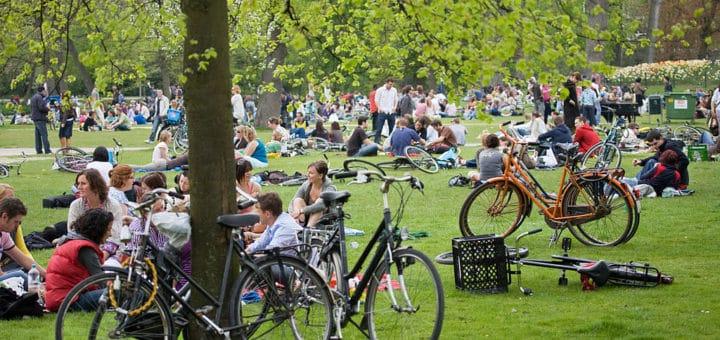 1024px-Amsterdam_-_Vondelpark_-_1496.jpg