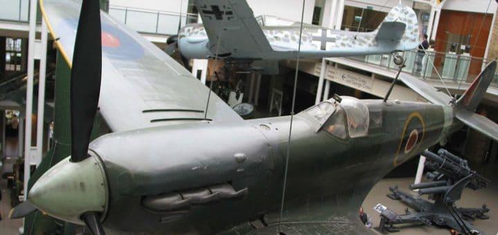 1024px-Imperial_War_Museum_Plane_3.jpg