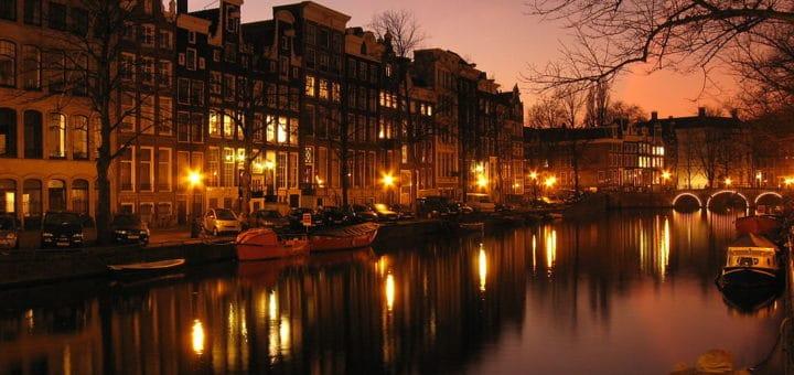 Quartiers d 39 amsterdam o loger sortir lieux insolites et viter - Nuit insolite amsterdam ...