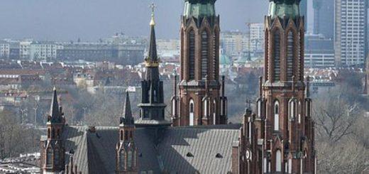 434px-Katedra_pw._C59Bw._MichaC582a_ArchanioC582a_i_C59Bw._Floriana_MC499czennika_Warszawa_Praga_PC3B3C582noc.jpg