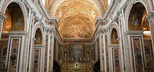 640px-Capela_do_mosteiro_S._Martino_28383890900729.jpg