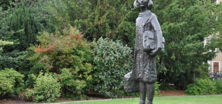 Anne_Frank2C_Merwedeplein_Amsterdam.jpg