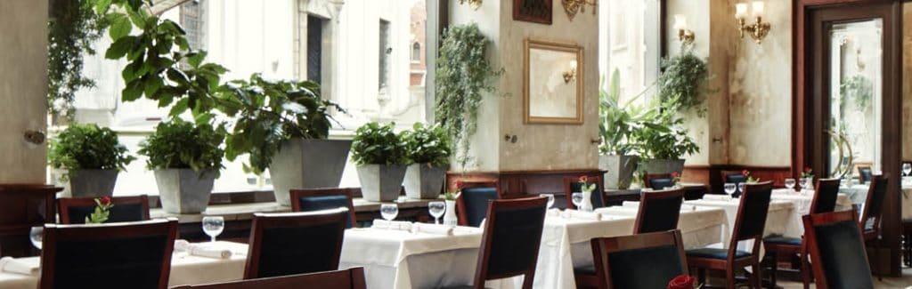 Restaurant de l'Hotel Francuski à Cracovie.