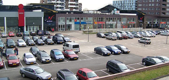 Parking_lot_Emmen.jpg