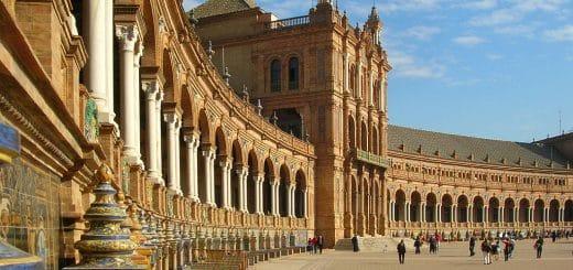 1023px-Espagne_Séville_Place_d27Espagne.jpg