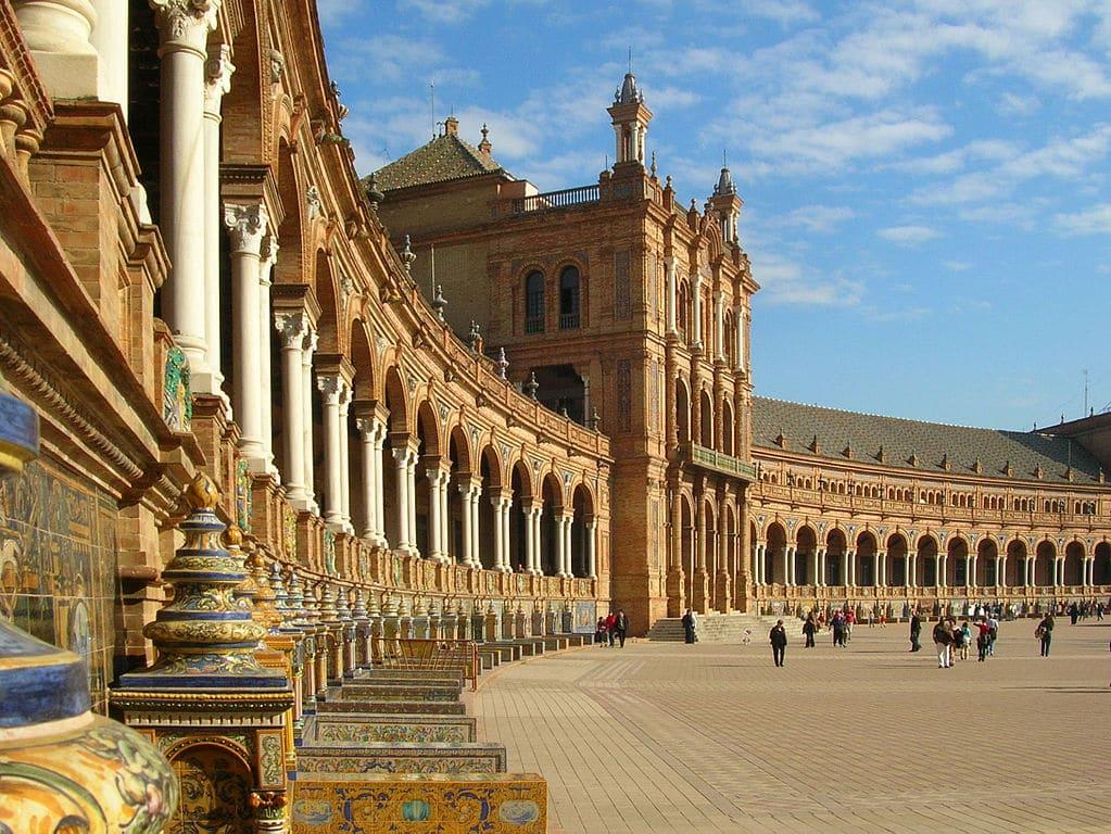Plaza de espana s ville vanupied for Azulejos cadiz