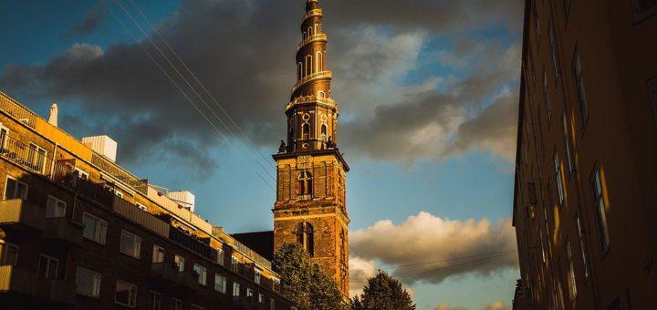 1024px-2014-09-21_Copenhagen_08_281538860669529.jpg