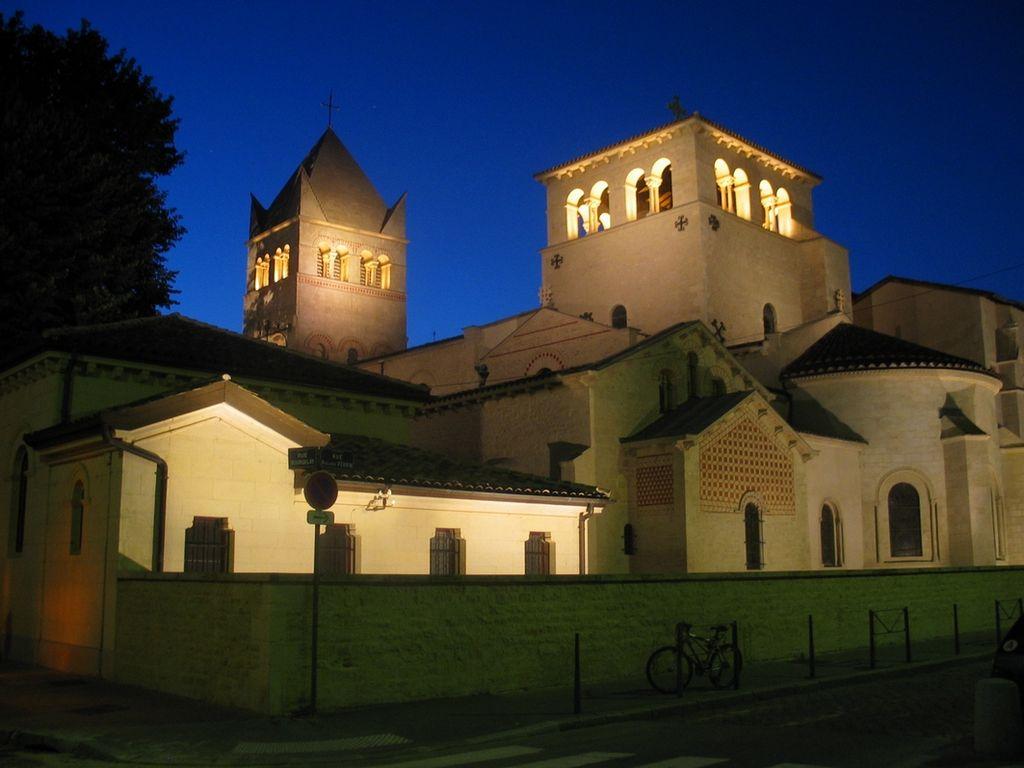 Basilique d'Ainay à Lyon : Charmante église romane [Presqu'ile]