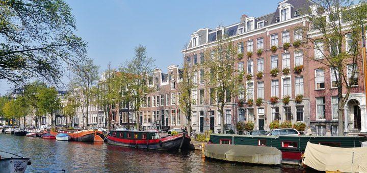 1024px-Amsterdam_Prinsengracht_15.jpg