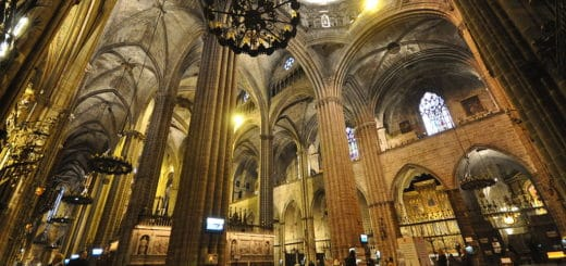 1024px-Cathedral_of_Santa_Eulalia_Barcelona.jpg
