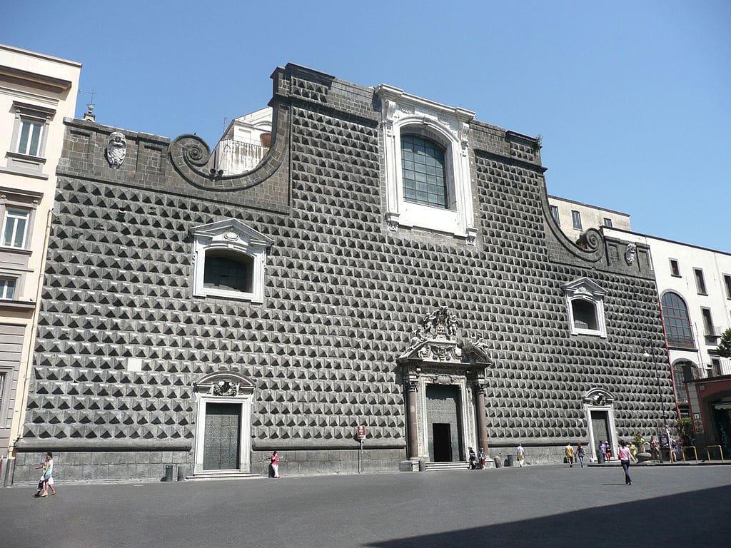 Eglise Gesu Nuovo à Naples : Baroque dans toute sa splendeur [Vieux Naples]