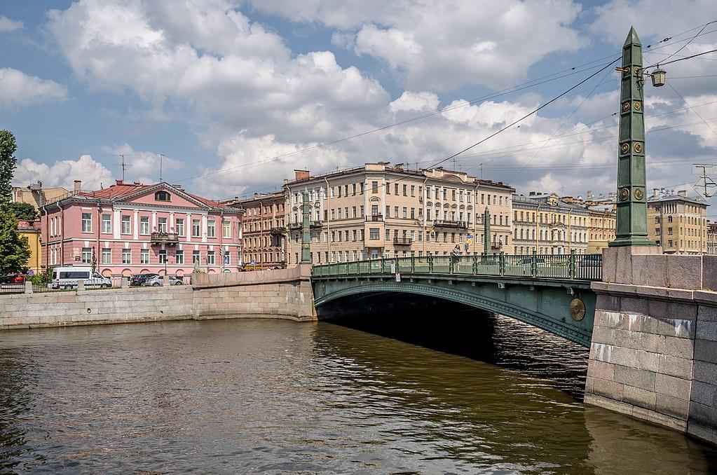 Pont Egipetsky à Saint Petersbourg - Photo d'Alex Florstein Fedorov / Wiki Commons
