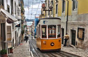 Belles photos d'escaliers à Lisbonne [monument ordinaire]
