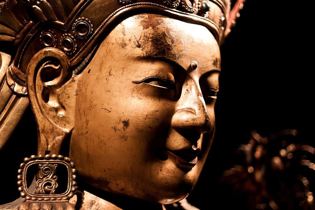Art tibétain - Statue de Bouddha au musée ethnographique :Etnografiska museet de Stockholm.