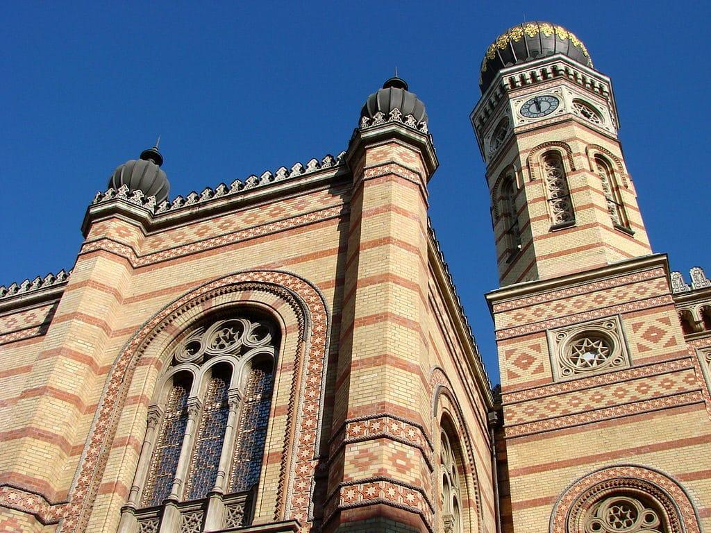 Façade de la Grande Synagogue de Budapest.