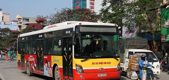 1024px-Hanoi_bus_09.jpg