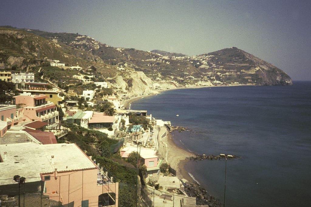 Ischia, l'île thermale près de Naples
