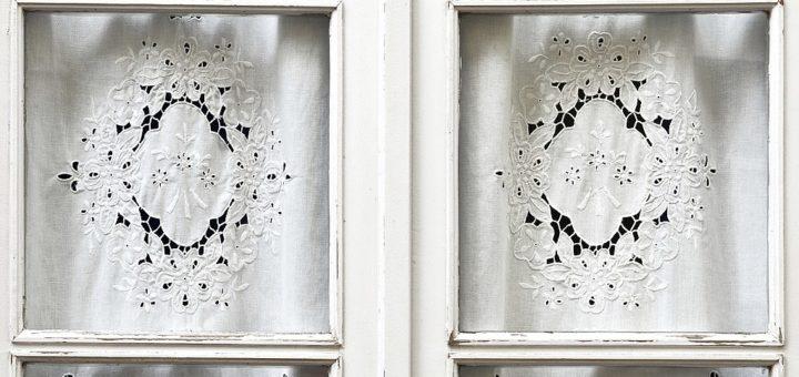 1024px-Lisboa2C_ventanas_01.jpg