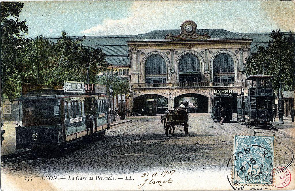 Venir à Lyon en train : Distances, durée et prix