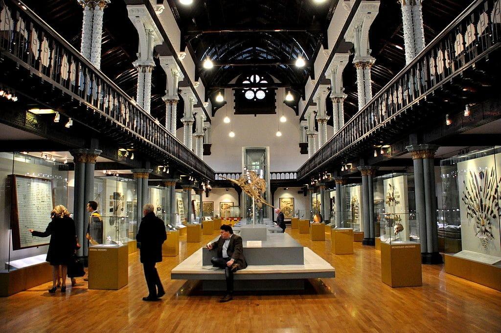 Hall principal de l'Hunterian Museum à Glasgow - Photo d'Osama Shukir Muhammed Amin FRCP(Glasg)