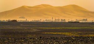 Merzouga, dunes de sable et désert du Sahara au Maroc