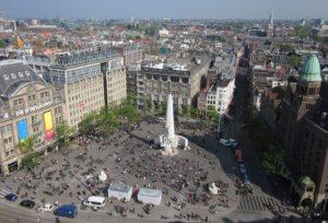 Place du Dam, la principale place d'Amsterdam [Vieille Ville]