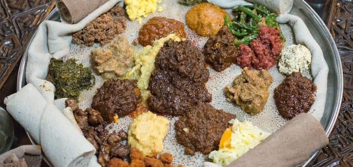 1024px-Non-fasting_Beyaynetu_in_Yod_Abyssinia_2.jpg