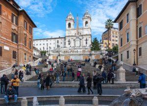 Piazza di Spagna et l'église de la Trinité à Rome [Rome Nord]