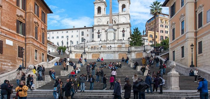1024px-Piazza_di_Spagna_-_Rome2C_Italy_-_panoramio.jpg