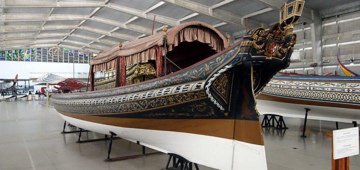 1024px-Portuguese_Maritime_Museum_in_Belem_284167060582529.jpg