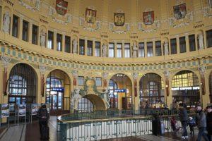 Venir en train à Prague et sa gare art nouveau