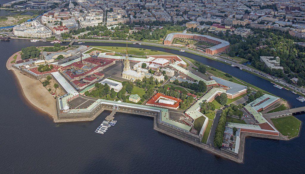 Vue aérienne de la Forteresse Pierre-et-Paul à Saint Petersbourg - Photo de Godot13