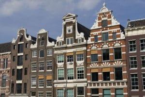 Venir à Amsterdam de Lille, Bruxelles : Train, bus ou voiture