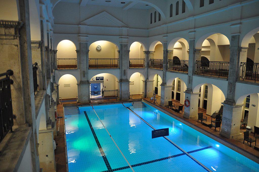 Bains Rudas à Budapest : Splendeur ottomane et installations modernes [Buda]