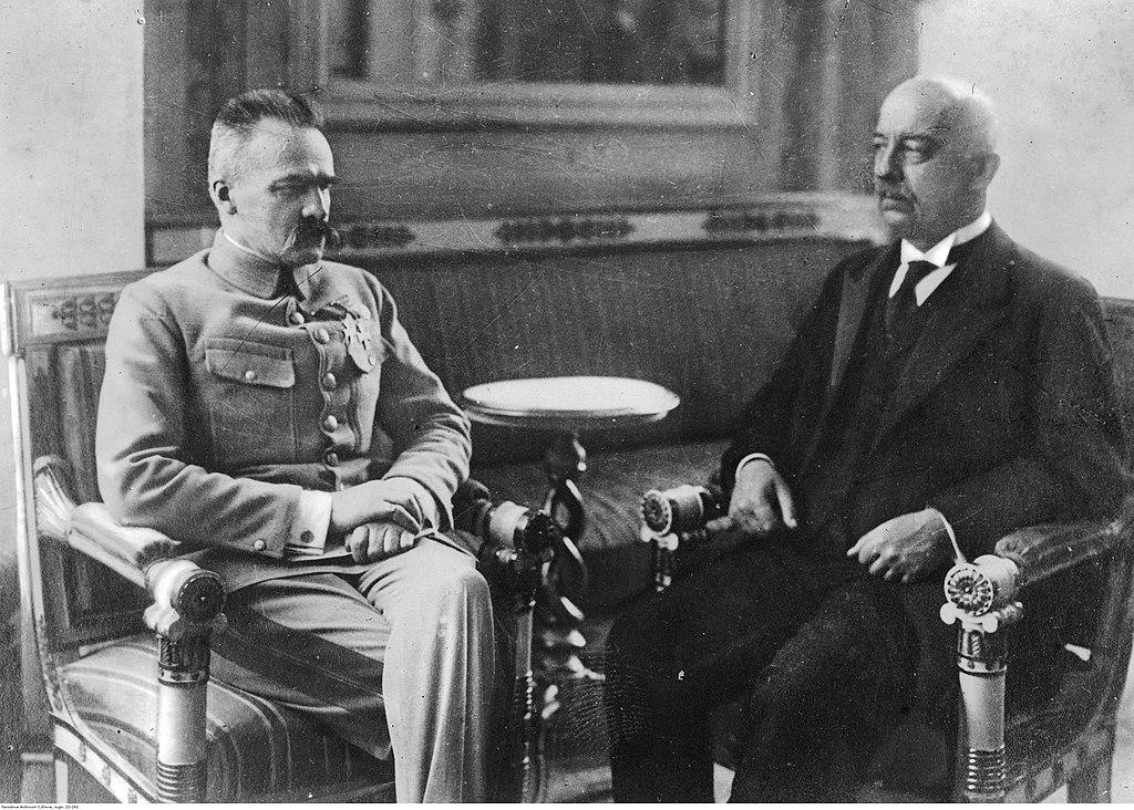 Rencontre de Józef Piłsudski avec le président Narutowicz en 1922.