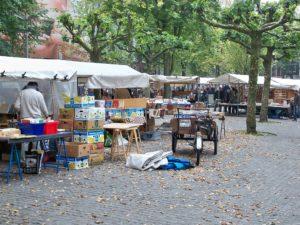 Marchés aux livres d'Amsterdam : Spui et Oudemanhuispoort [Vieille ville]