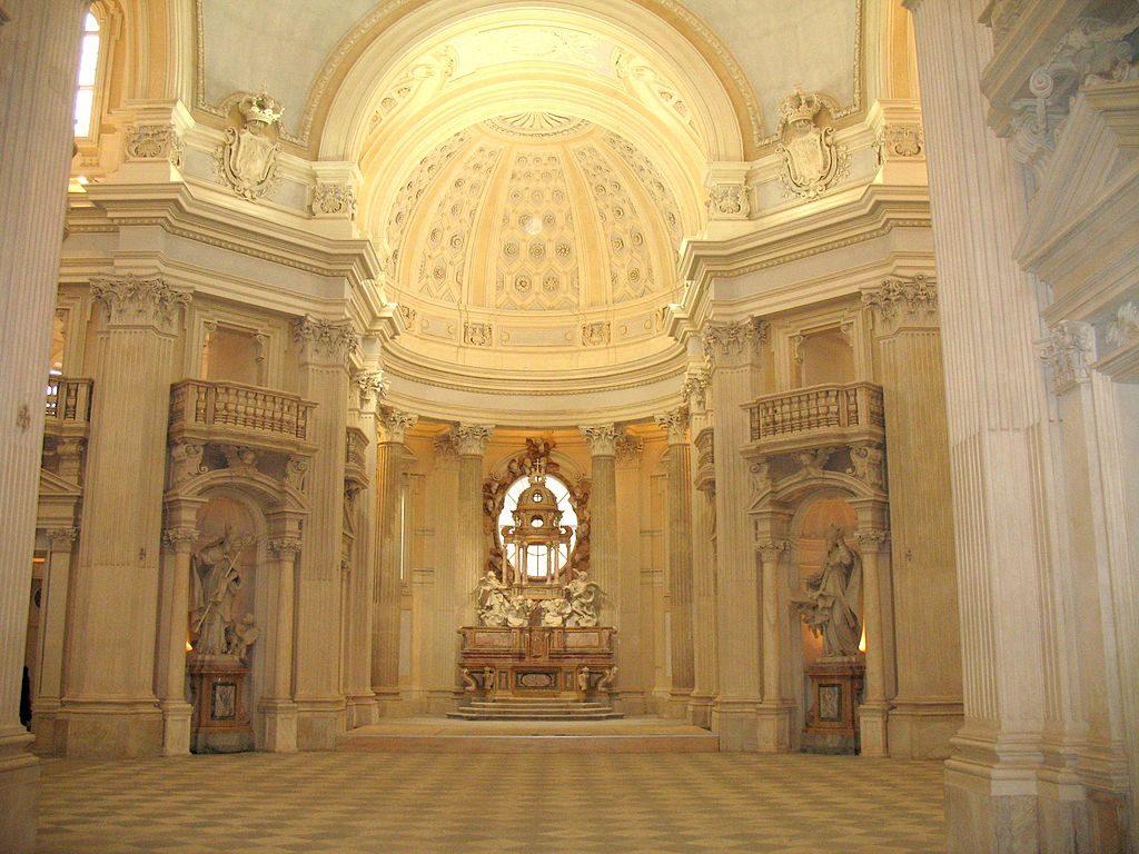 Eglise Sant'Uberto dans le palais de la Venaria Reale près de Turin - Photo de Twice25 & Rinina25