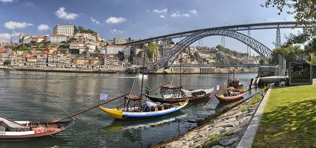 Visiter Porto, ici vue de Nova de Gaia. Photo de Fernando González Sanz