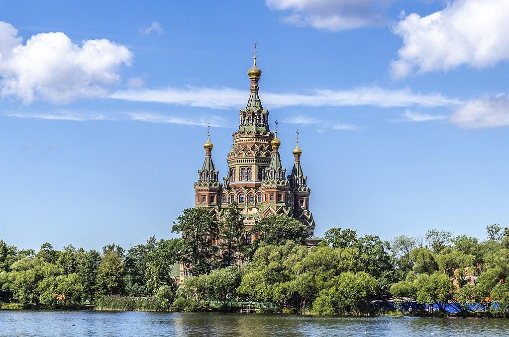 Cathédrale Saint Pierre et Saint Paul de Peterhof à côté de Saint Petersbourg - Photo d'Alex Fedorov Florstein