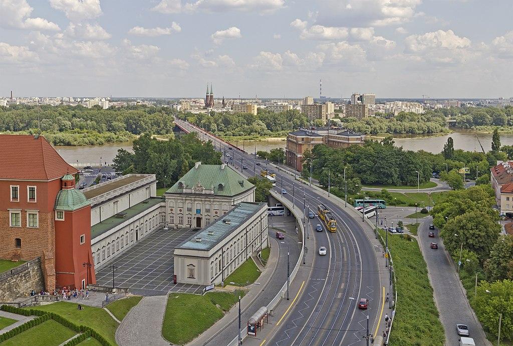 Venir en voiture à Varsovie : Conseils et parking