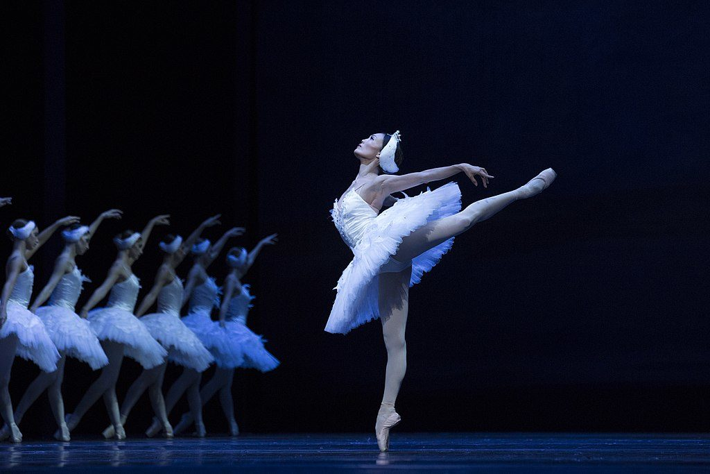 Ballet National de Varsovie : Yuka Ebihara dans le lac des cygnes. Photo Ewa Krasucka TW-ON
