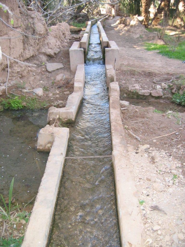 Système d'irrigation à la base d'un développement agricole de Lisbonne.
