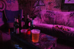 Fermé ! Tacheles à Berlin : Squat + art + alcool [Mitte]