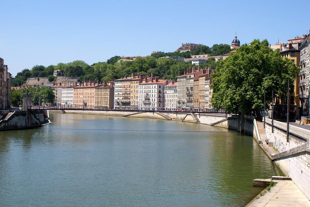 Lyon, le fleuve Rhône et la rivière Saône : De l'eau et des quais