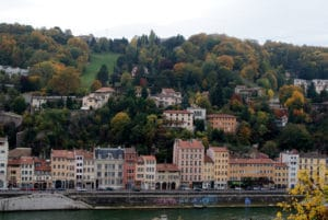 Le parc des hauteurs à Lyon : VTT, ski et accrobranche.
