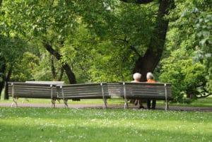 Parc verger Vojanovy Sady à Prague : Tranquille le chat [Mala strana]