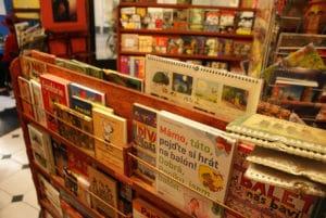 Café Librairie BD / jeunesse Rehor Samsa à Prague [Nove Mesto]