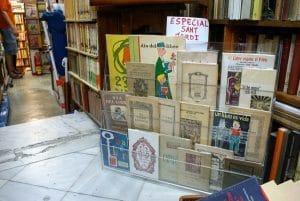 Où trouver des cartes postales anciennes à Barcelone ?