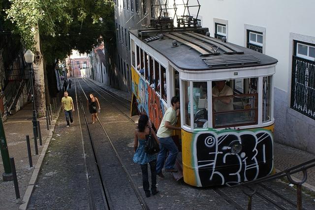 Transport à Lisbonne : Métro, tramway, bus…